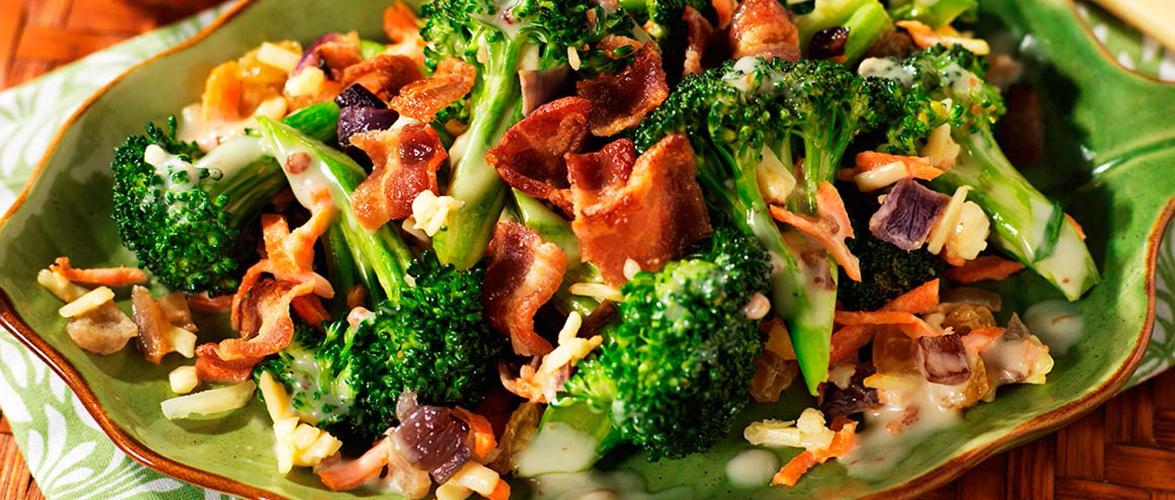 Salade de brocoli et de bacon